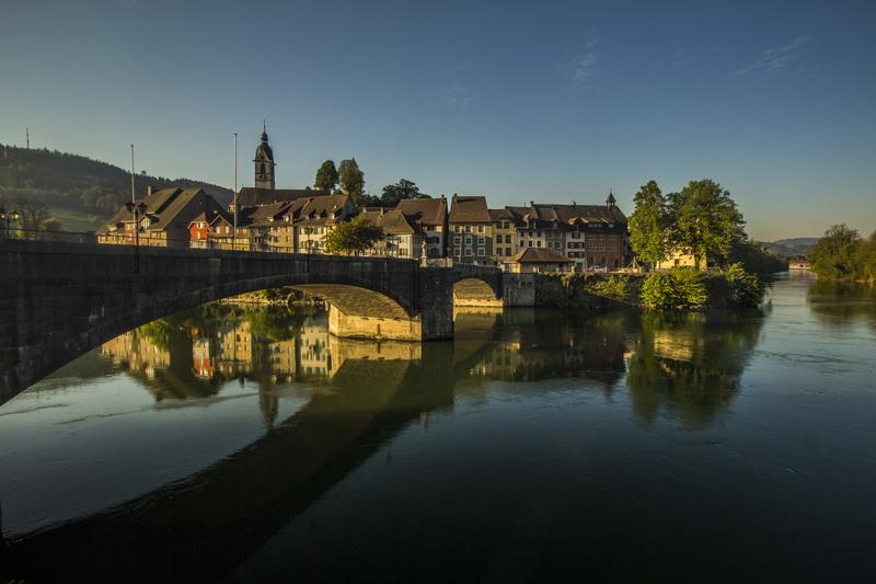Fiets mee in de trein naar Basel in Zwitserland